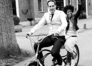 Babs bij huwelijk Jeffrey En Charnae in Oud Poelgeest