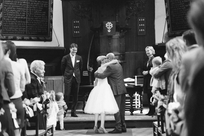 Buitengewoon Trouwambtenaar Marie-France Bij Het Huwelijk van Martijn en Loes in Breda