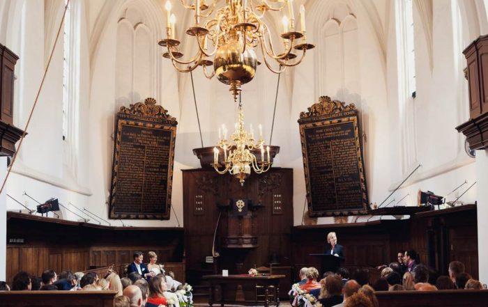 Burgerlijk huwelijk in kerk in Breda