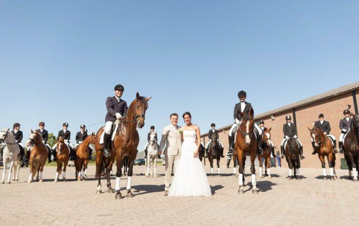 Buitengewoon Trouwambtenaar Marie-France Bij Het Huwelijk Van John & Merlin In Westmaas