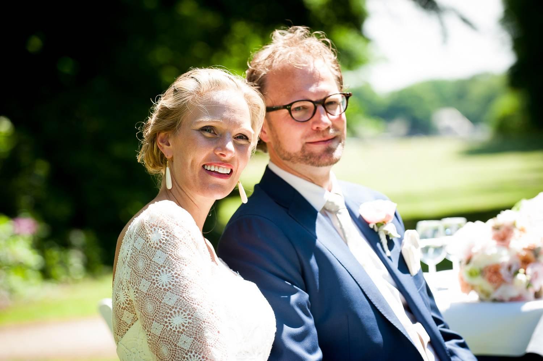 Huwelijk in tuin Duin En Kruidberg