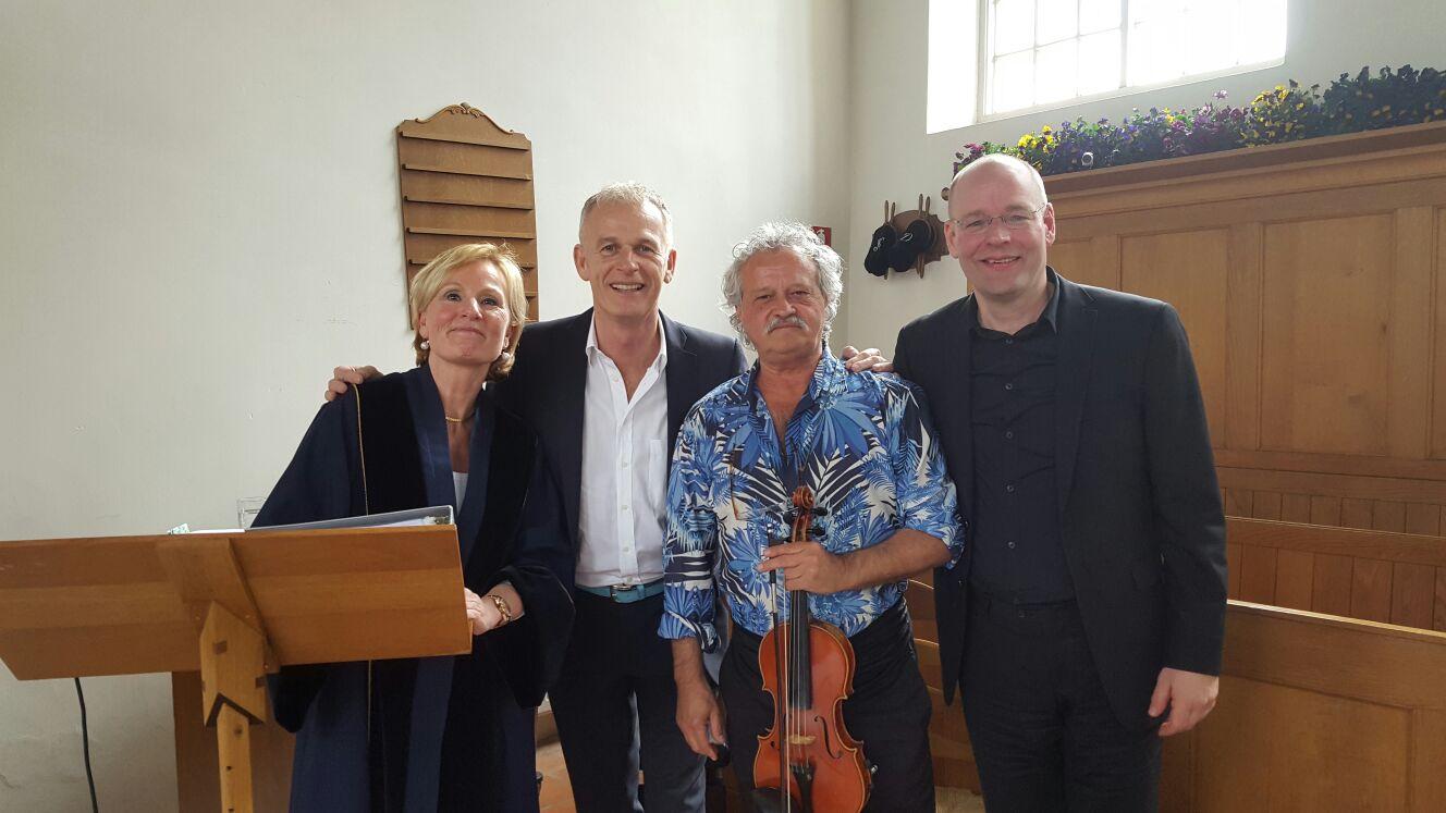 Huwelijk met live muziek Witte Kerkje Groet