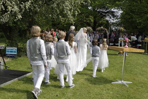 Babs bij huwelijk Martine & Harm Olmenhorst Lisserbroek Mei2012