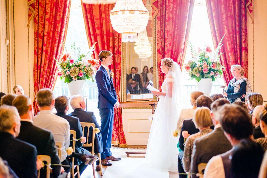 Babs bij huwelijk Geeske En Dino